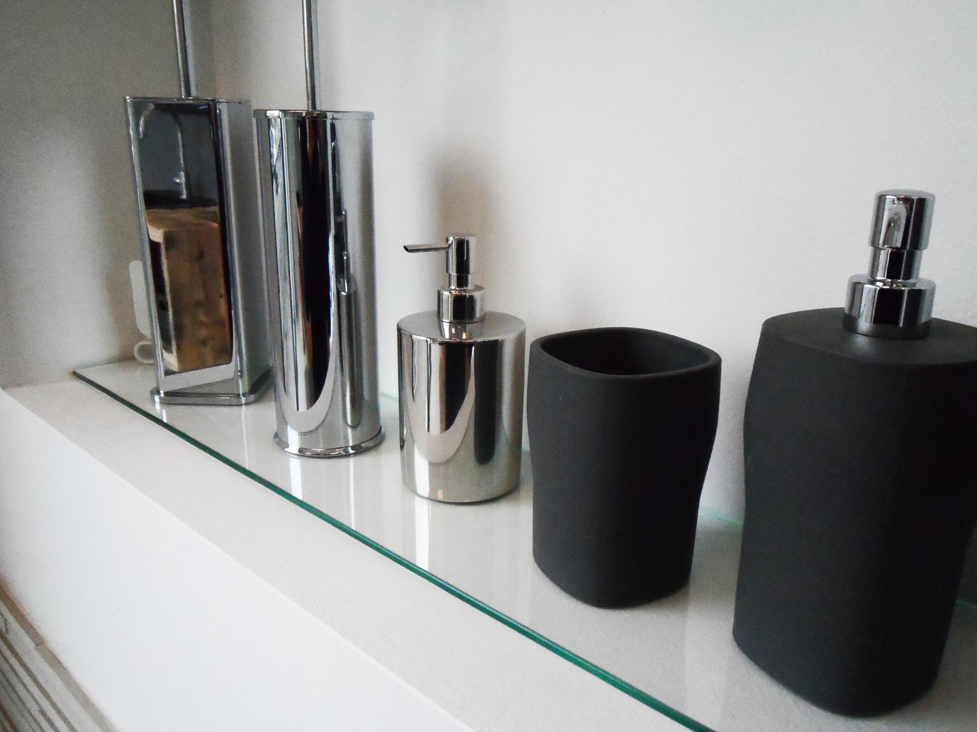 Accessori Arredo Bagno Acciaio.Accessori Per Il Tuo Bagno Di Casa A Treviso Da Piu Di 10 Anni